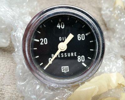 "Vintage Stewart Warner 2 1/8"" 0 -80 psi mechanical oil pressure gauge Gasser Wow"