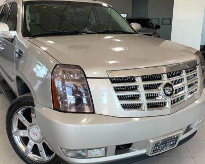 2007 Cadillac Escalade Standard
