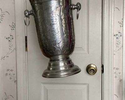 14 inch, footed pewter wine craft, perfect condition