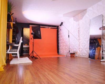 Creative Vibes Photography Studio, Stone Mountain, GA