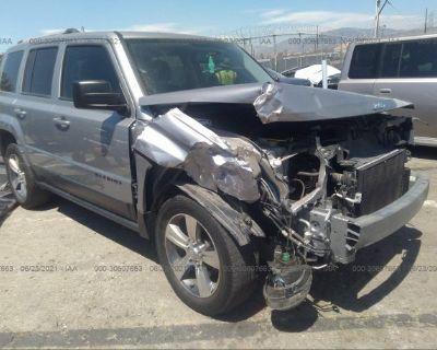 Salvage Gray 2017 Jeep Patriot