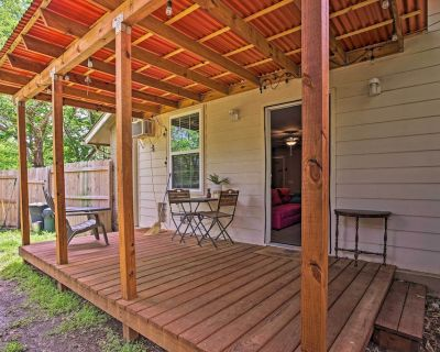 NEW! Pet-Friendly Home 13 Miles to Design District - Irving