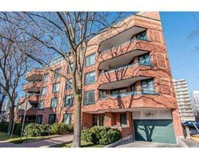 295 Gilmour Street #201, Ottawa, ON K2P 1R7 2 Bedroom Condo