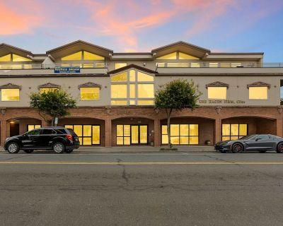 Downtown Edmonds Ground Floor Office / Retail