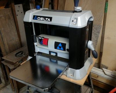"Delta 22-580 13"" wood planner"
