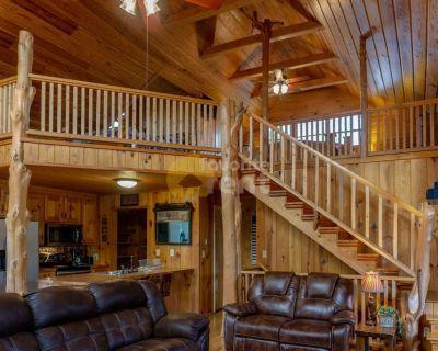 Log cabin Hot Springs 2 bed 1 bath