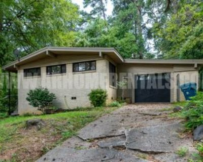 19 Woodcliff Cir #1, Little Rock, AR 72204 3 Bedroom Apartment