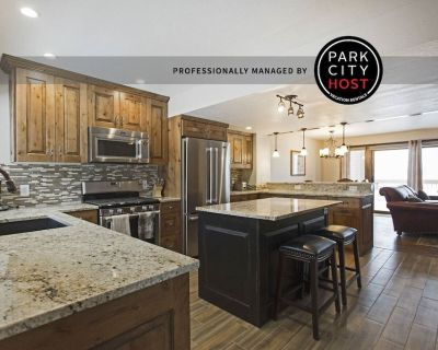 3BD-3.5BA-Remodeled Town Home-Close to Skiing - Park Meadows