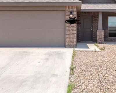 Private room with shared bathroom - Midland , TX 79705
