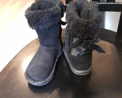 Toddler girl size 8 boots