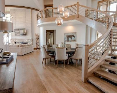 6 BEDROOMS 11 BATHS SLEEPS 24 SKI IN/OUT 10,000 SQ FT, MOUNTAIN CONTEMPORARY - Park City