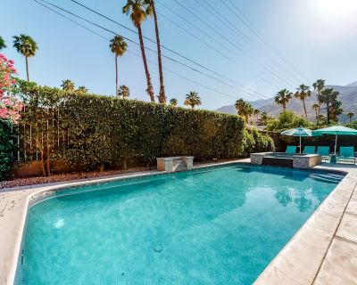 Classic mid-century retreat w/private outdoor pool, pool spa, firepit, gas grill - Twin Palms
