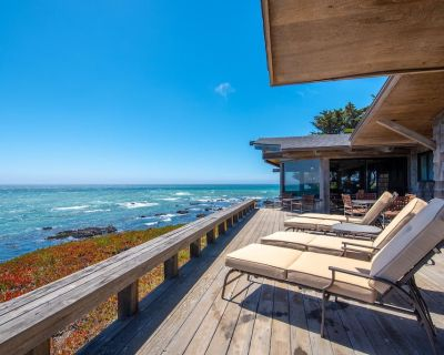 Titus Point- Ocean Front Classic- Vintage Nautical Cambria at it's best! - Cambria