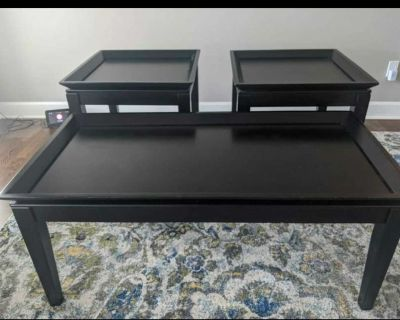 Set of 3 tables. 1 coffee table, 2 side tables