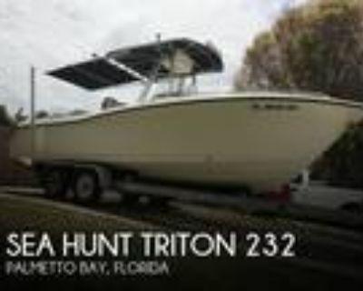 23 foot Sea Hunt Triton 232