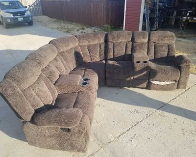 3 Piece 5 Seat Sectional Couch