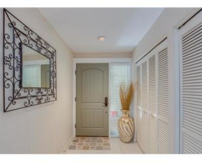 Over 1,784 sf in Ponte Vedra Beach. Parking Available!