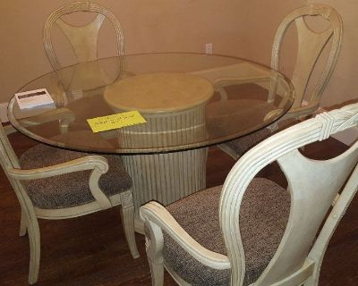 Furniture - Dining Table