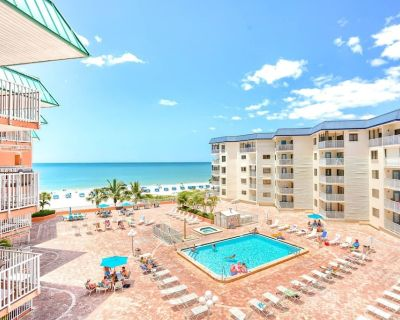 Beachfront w/ 3 Balconies, Hot Tub, Pool, W/D, Free Wi-Fi, Cable, Phone ~ 1414 Beach Cottages - Indian Shores