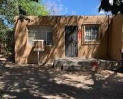 321 321 Vermont Street Northeast 1/2 #1-2, Albuquerque, NM 87108 1 Bedroom Apartment
