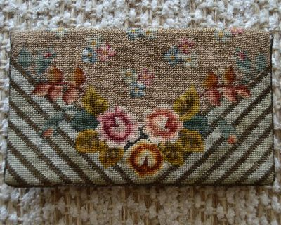 REDUCED VINTAGE WALLET PETI POINT