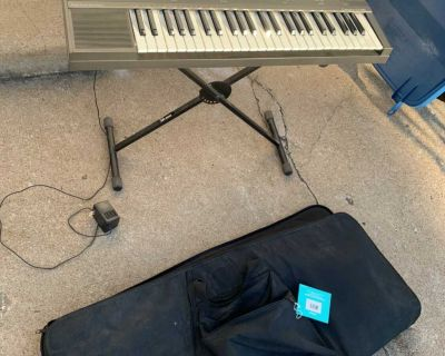 CASIO ELECTRIC PIANO WITH STAND