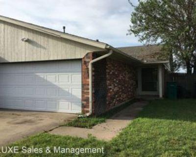 8310 Nw 7th St, Oklahoma City, OK 73127 2 Bedroom House