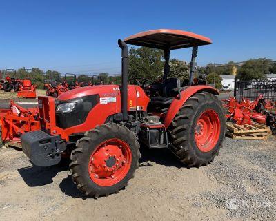 Kubota M7060D 4WD Farm Tractor