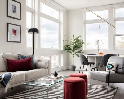 A Modern Point of View | Luxe Loft | Espad n LoHi - Highland