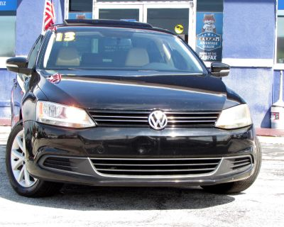 2013 Volkswagen Jetta Sedan 4dr Auto SE w/Convenience/Sunroof *Ltd Avail*
