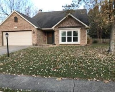 2 Bedroom home with fenced yard. - Fishers