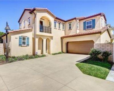 2531 Cornerstone Ln, Costa Mesa, CA 92626 4 Bedroom Condo