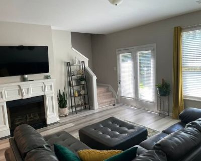 A Home Away From Home Near Stone Mountain Park - Tucker