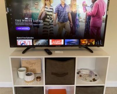 "Sharp 40"" LED Full HD Smart TV"