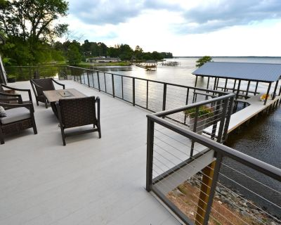 Fresh, Contemporary Lake House with Gourmet Kitchen and 2 Boat Slips - Shreveport