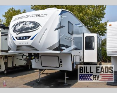 2022 Forest River Rv Cherokee Arctic Wolf 321BH