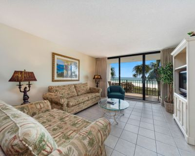 New Listing! Previous beachfront condo on the 1st floor. Tile throughout. - Panama City Beach