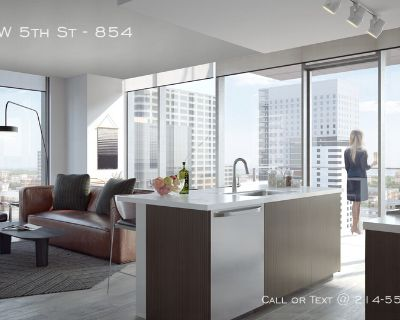 Brand for luxury living apartment in Downtown Austin one month free