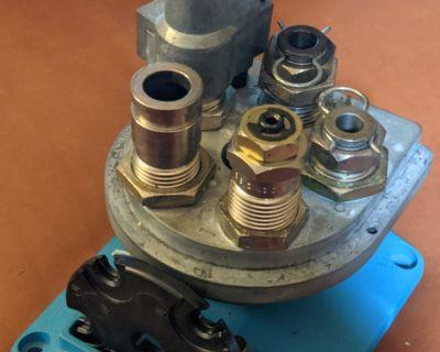 FS Dillon 650 40 cal dies, tool head, stand, , pins, powder drop, shellplate
