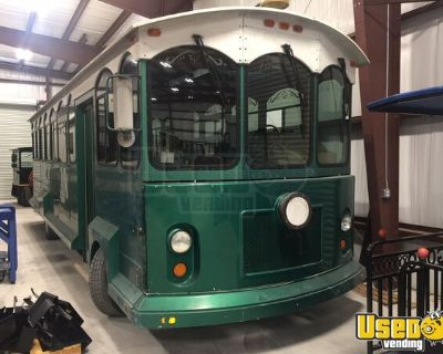 Chevy Cable Car Trolley People Mover Touring Streetcar /  Bus