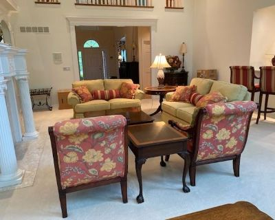 Encore Estate Sale - Gorgeous Home in Whitmoor Country Club
