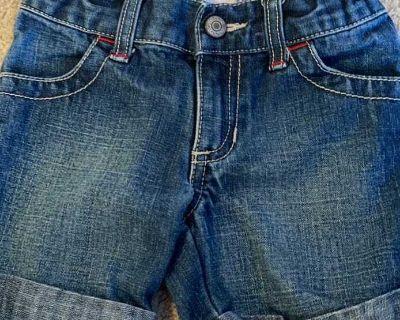 Old Navy Bermuda Jean shorts size 3t