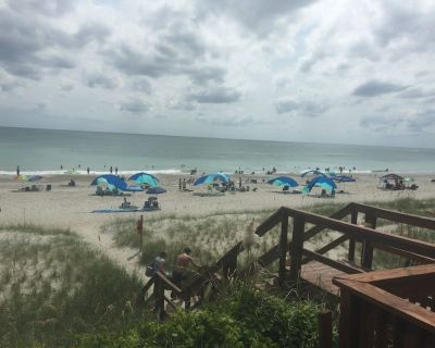 Two Steps to the Beach - Pine Knoll Shores