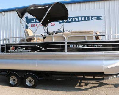 2019 Sun Tracker 20 Fishing Barge DLX