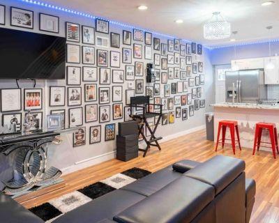 Chanel House | 2 Bedroom Paradise - North Philadelphia West