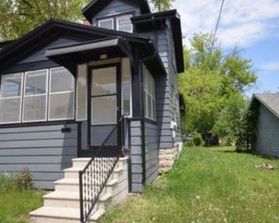 210 W Lincoln Ave #1, Oshkosh, WI 54901 1 Bedroom Apartment