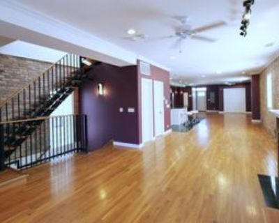 3031 North Clybourn Avenue #2, Chicago, IL 60618 3 Bedroom Apartment