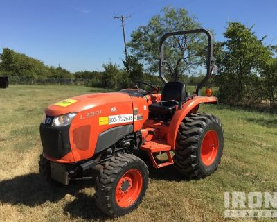 2015 Kubota L3901D 4WD Tractor