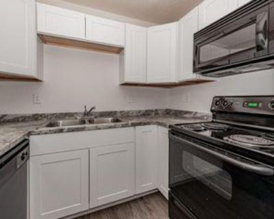 N 36th St & Thomas Rd, Phoenix, AZ 85018 2 Bedroom Apartment