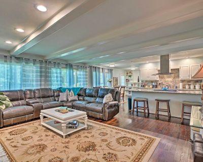 NEW! Family Home w/Hot Tub < 30 Mi to DWTN Atlanta - Addison Heights